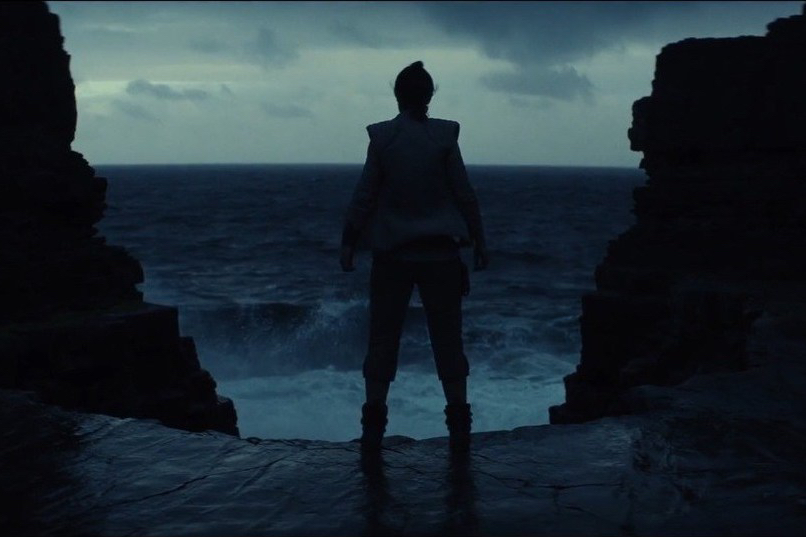 star-wars-the-last-jedi-official-teaser00-00-36-01still005-1492185955994_1280w-e1514837652420.jpg